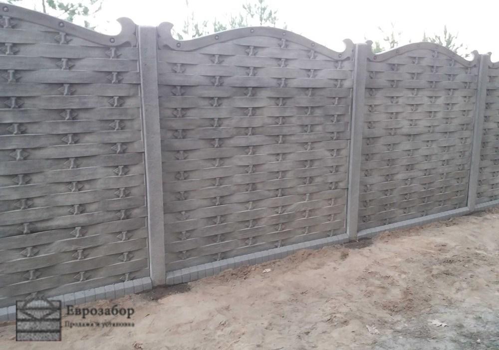 betonnuy zabor-pletencka