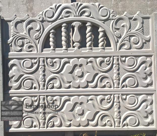 betonnuy zabor-xudoshestvennaa
