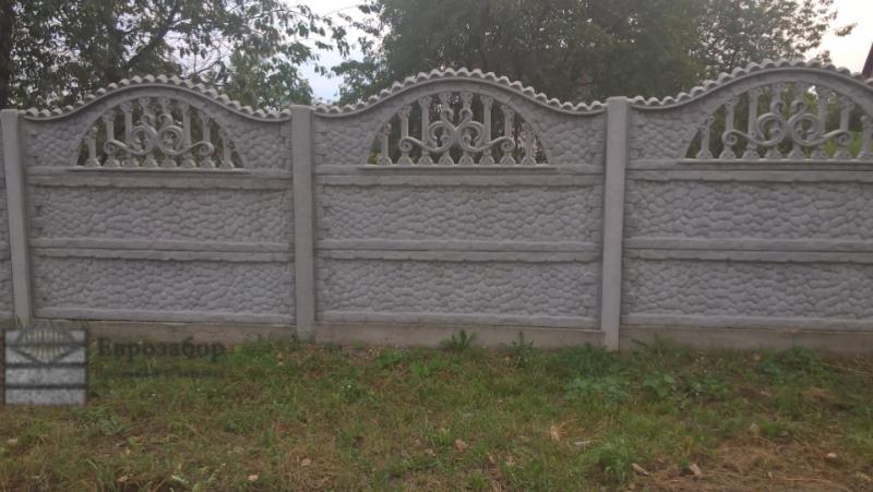 betonnuy zabor-galka